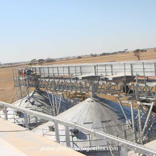 drag conveyors for feed silo