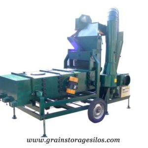 Vibrating screen for grain silo system